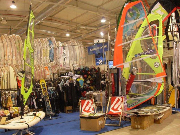 Kitesurfing windsurfing EXPO 2011